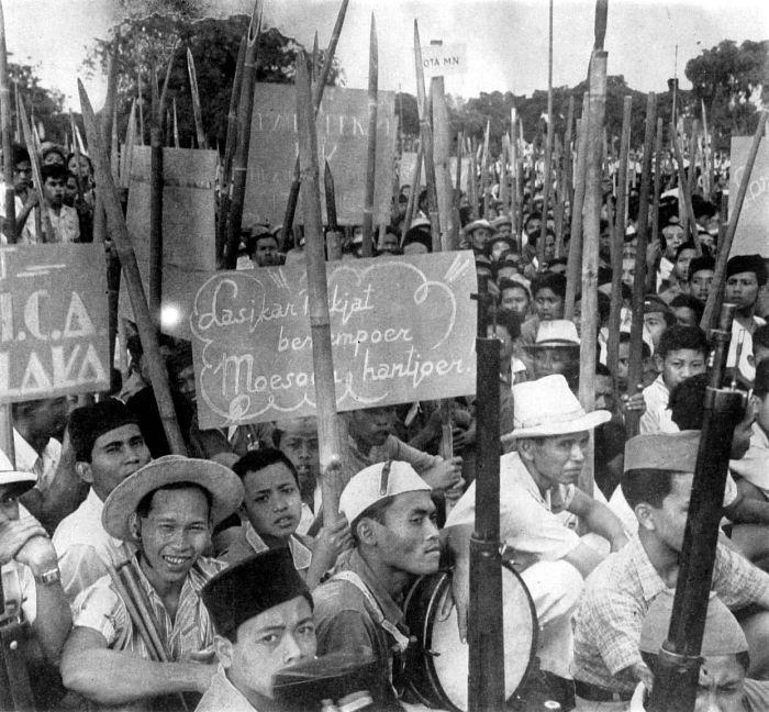 Ribelli indonesiani nel 1946.