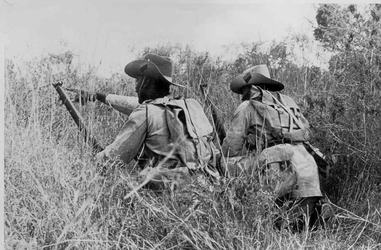 King's African Rifles durante un addestramento in Kenya, 1944.