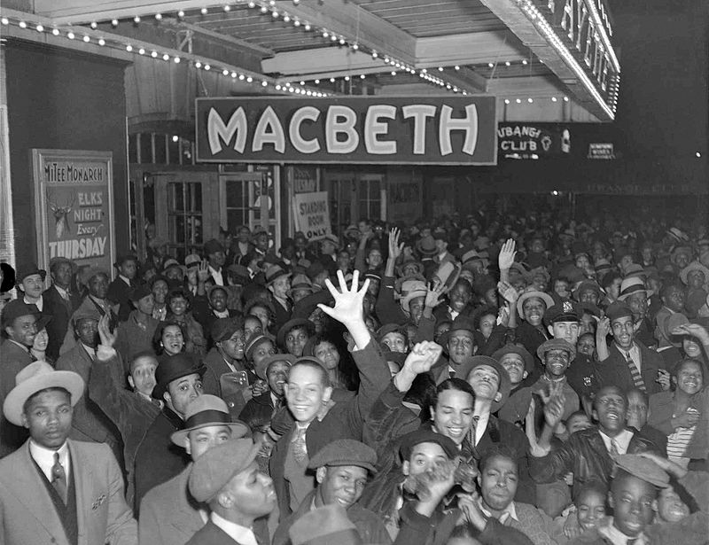 https://thesubmarine.it/wp-content/uploads/2016/06/Lafayette-Theatre-Macbeth-1936-1.jpg