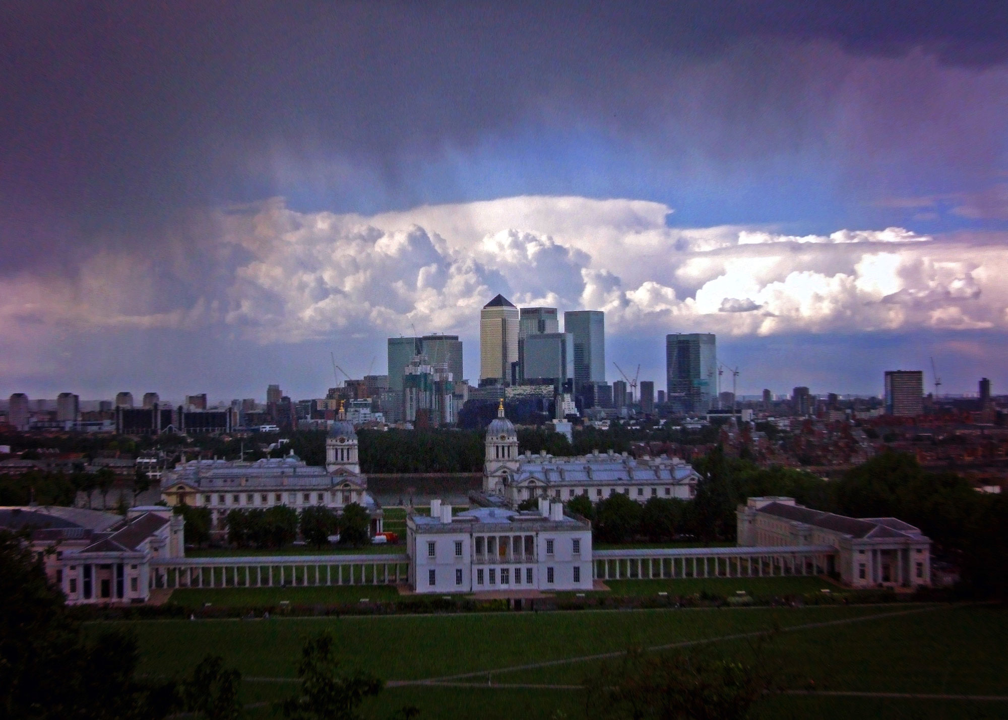 Rain_at_Greenwich,_London