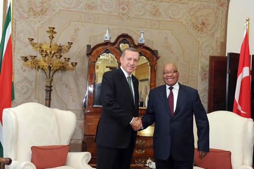 Recep Erdogan incontra il Presidente del Sudafrica Jacob Zuma