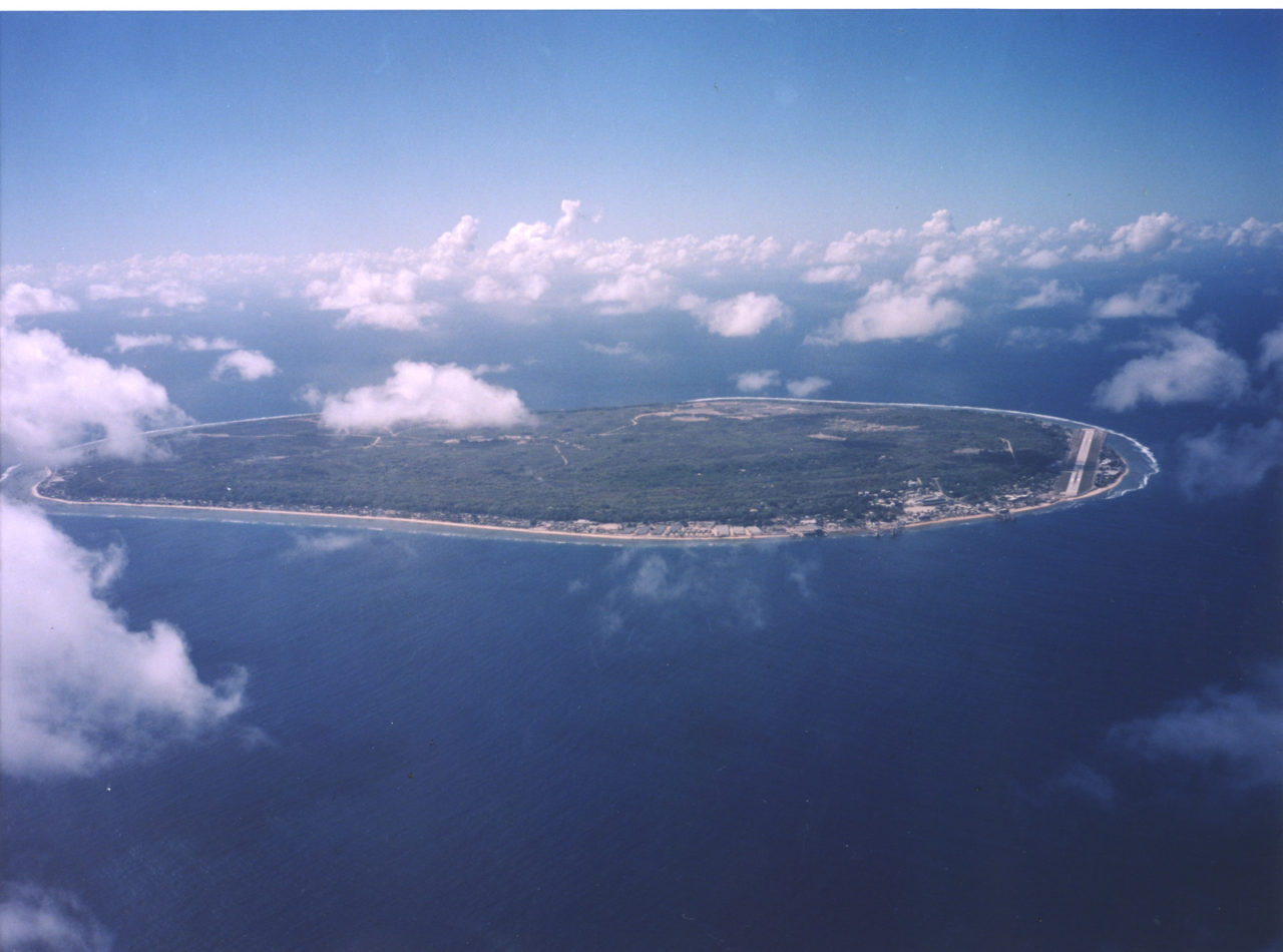 https://thesubmarine.it/wp-content/uploads/2016/07/Aerial_view_of_Nauru-1280x950.jpg