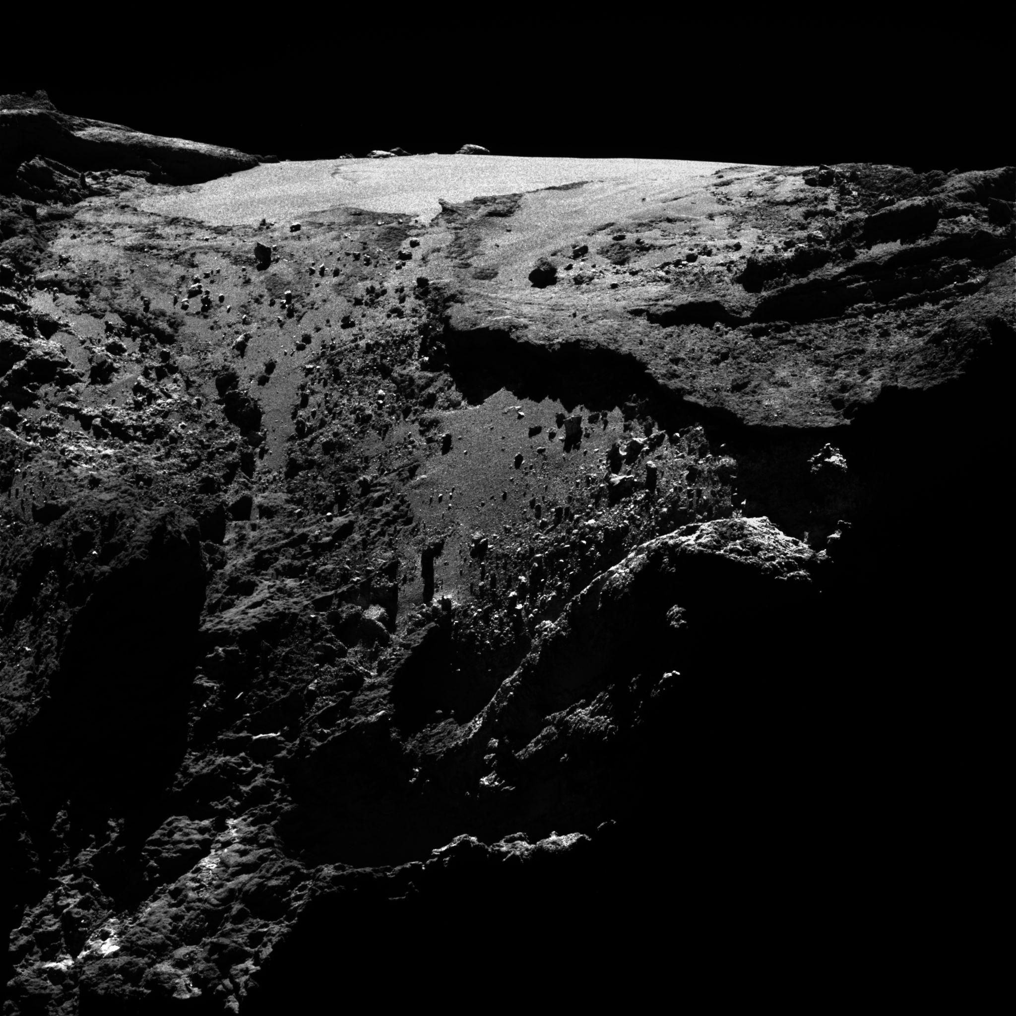 Comet 23April2016 OSIRIS┬®NASA