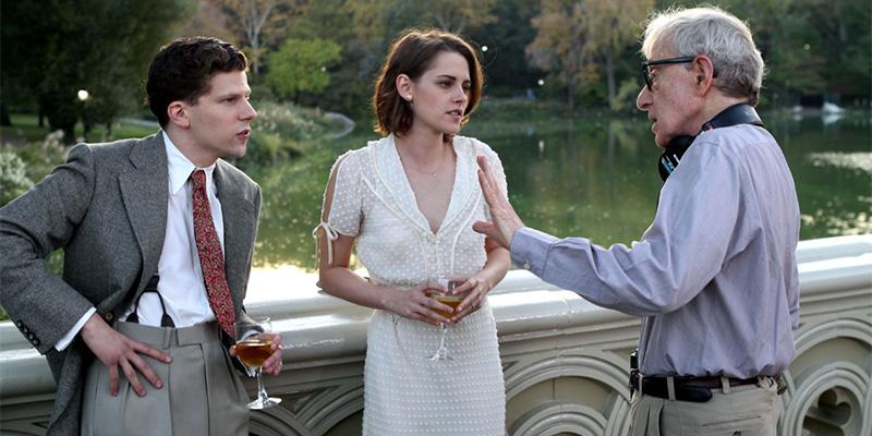 Il regista e i due giovani attori sul set del film.