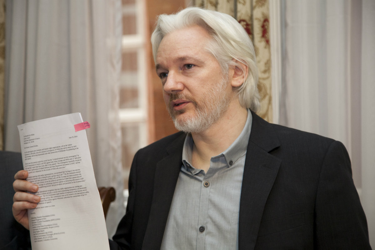 https://thesubmarine.it/wp-content/uploads/2016/10/RUEDA_DE_PRENSA_CONJUNTA_ENTRE_CANCILLER_RICARDO_PATIÑO_Y_JULIAN_ASSANGE.jpg