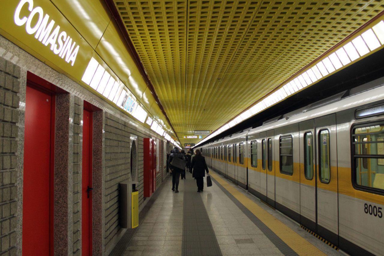 https://thesubmarine.it/wp-content/uploads/2016/11/Comasina_metro_station_Milan_metro_-_linea_3-min-1280x853.jpg
