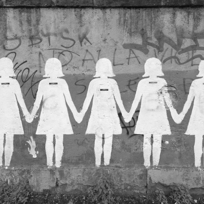 https://thesubmarine.it/wp-content/uploads/2016/11/il-murales-contro-il-femminicidio-dopo-il-restauro-foto-giorgio-benni-20152.jpg