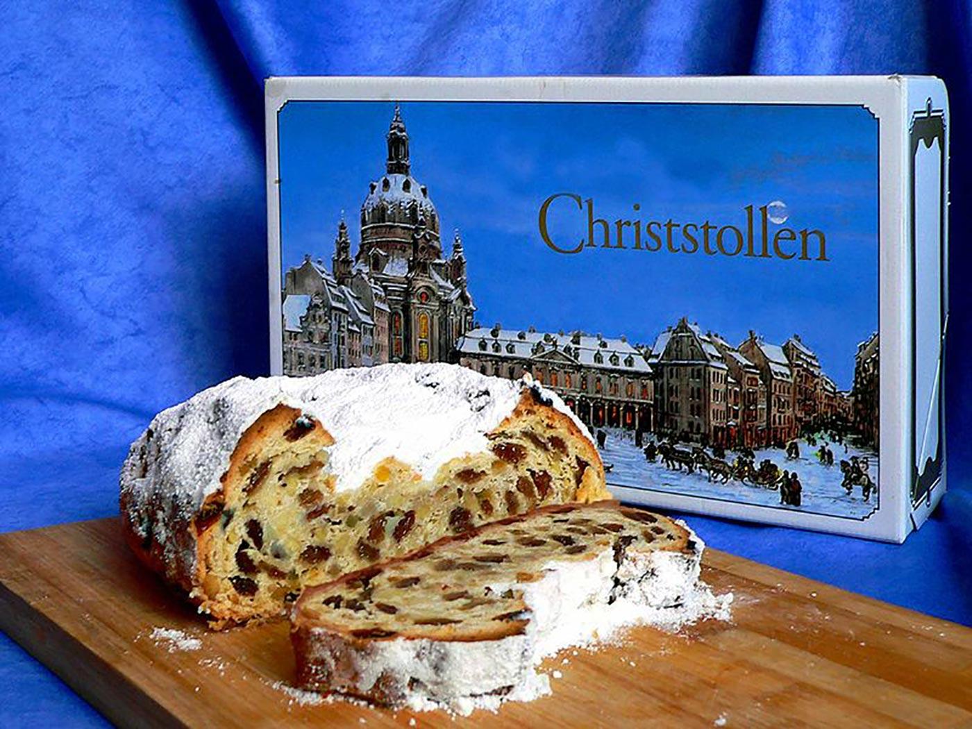 800px-stollen-dresdner_christstollen