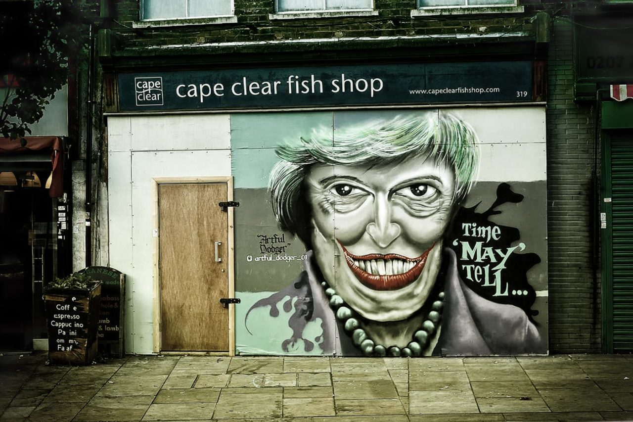 https://thesubmarine.it/wp-content/uploads/2017/01/Theresa_May_graffiti_art_Herne_Hill-1280x853.jpg