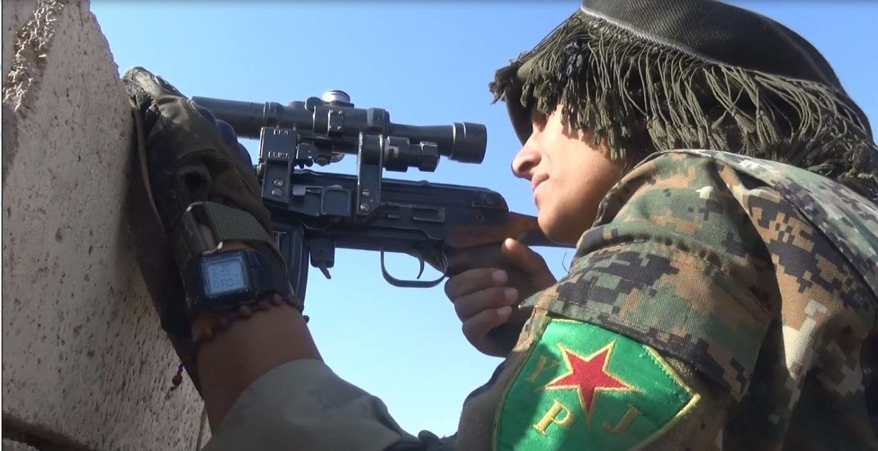 https://thesubmarine.it/wp-content/uploads/2017/03/YPJ_sniper_Raqqa_November_2016-1280x658.jpg