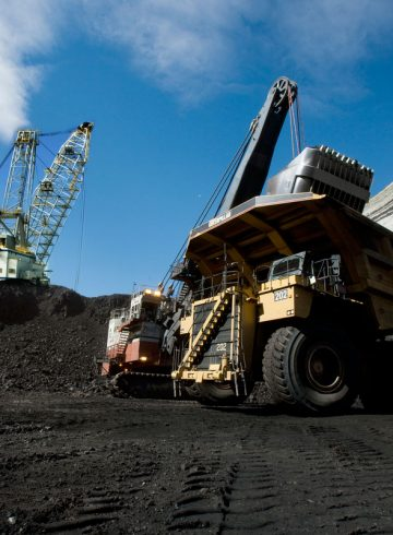 1200px-coal_haul_truck_at_north_antelope_rochelle