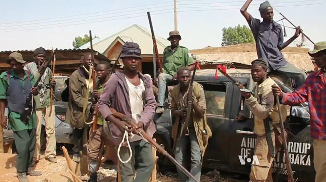 https://thesubmarine.it/wp-content/uploads/2017/05/Milice_dautodéfense_Nigeria_2015-1280x715.jpg