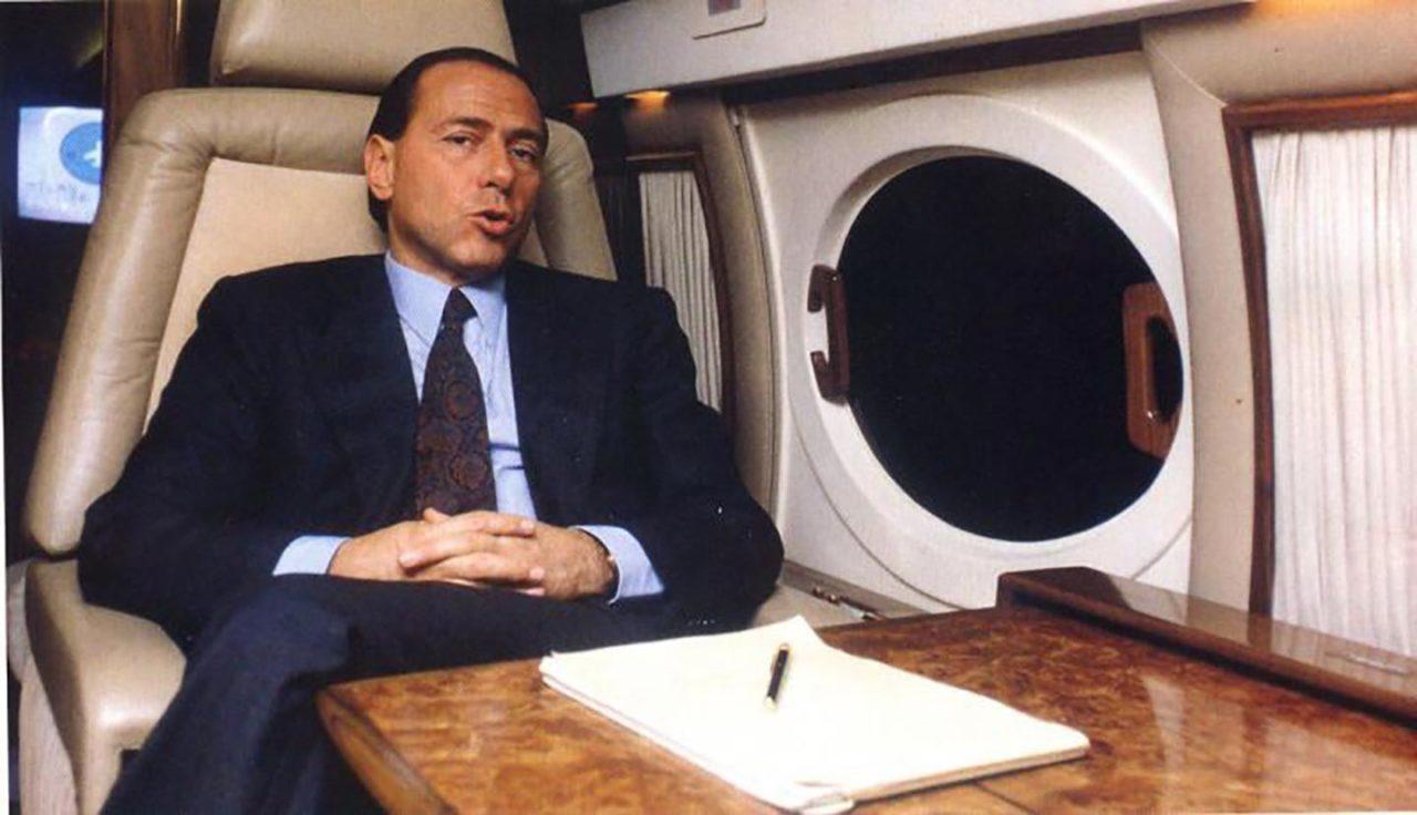 https://thesubmarine.it/wp-content/uploads/2017/06/Berlusconi_anni_80-1280x736.jpg