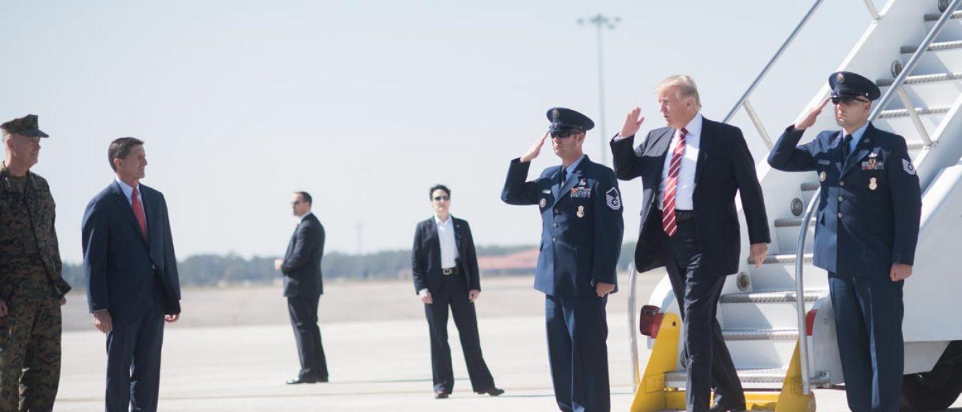 trump_visits_macdill_air_force_base_32376482540
