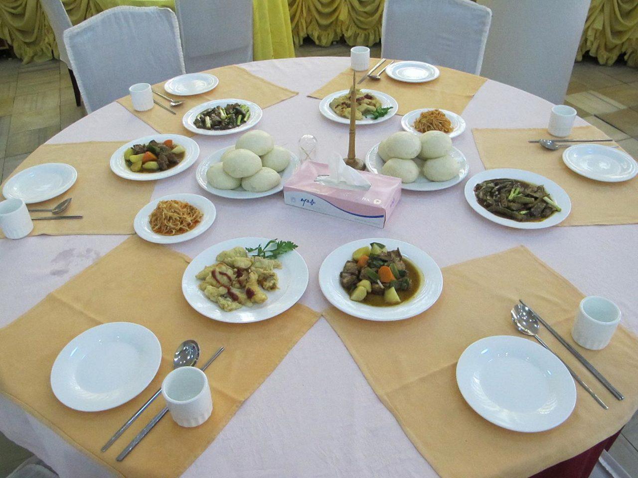 https://thesubmarine.it/wp-content/uploads/2017/09/1280px-Cuisine_of_North_Korea_06-1280x960.jpg
