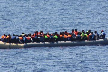 boat-migrant