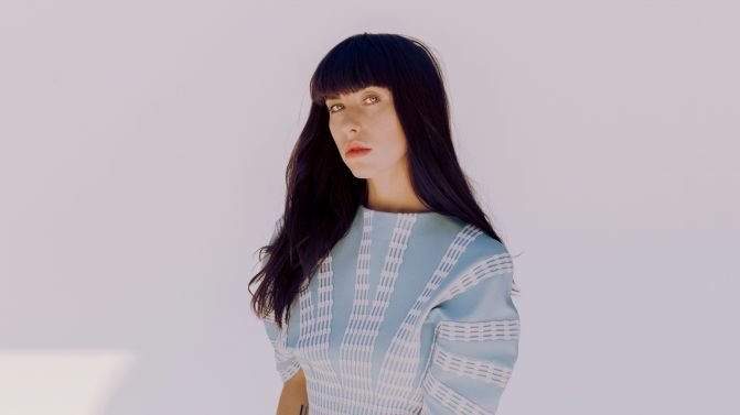 https://thesubmarine.it/wp-content/uploads/2017/09/Kimbra-2017-press-pic-supplied-credit-Micaiah-Carter-671x377.jpg