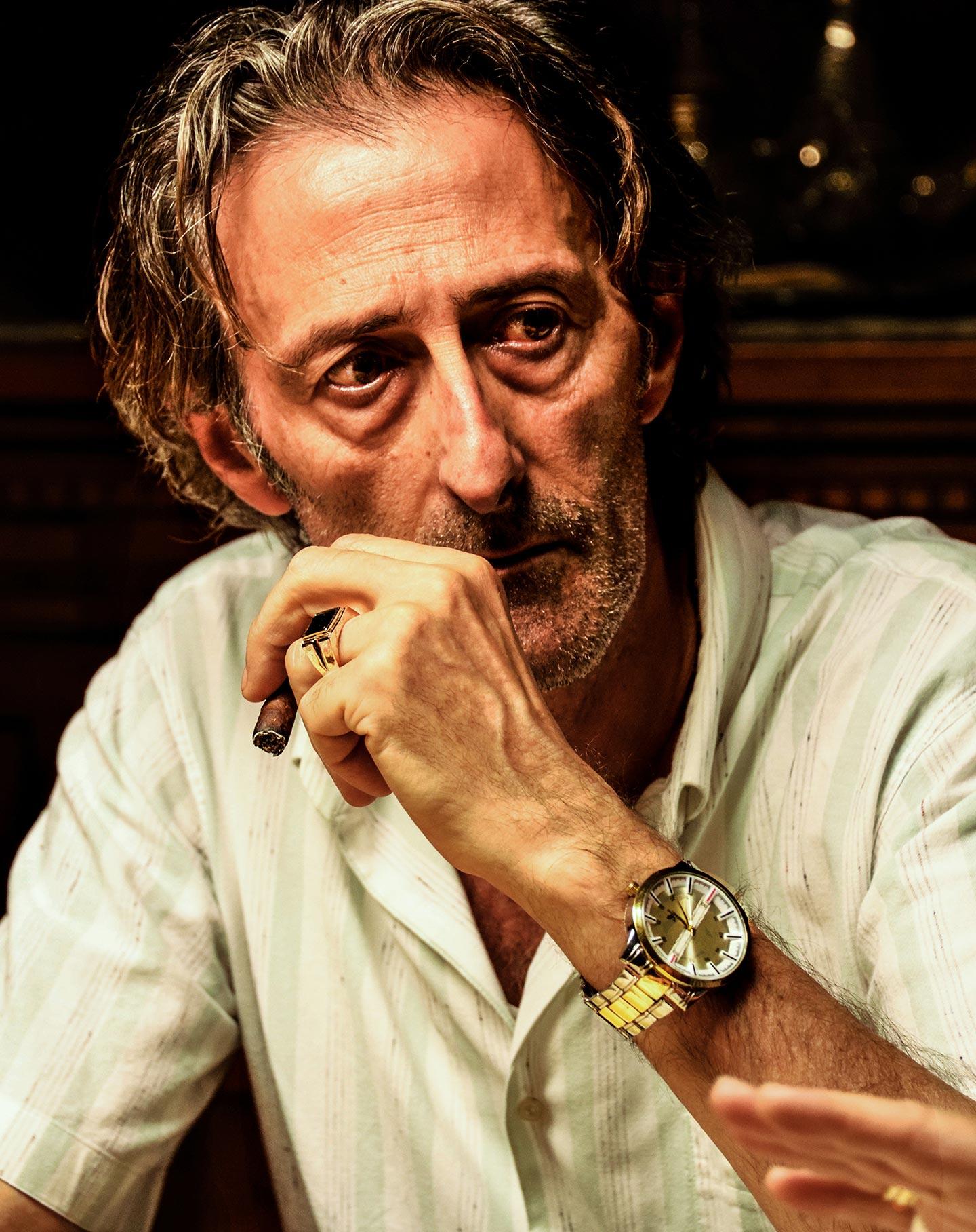 Nando Paone interpreta Donato Vasile