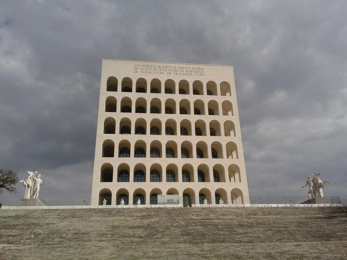 https://thesubmarine.it/wp-content/uploads/2017/10/1200px-Palazzo_della_Civiltà_Italiana_04.jpg