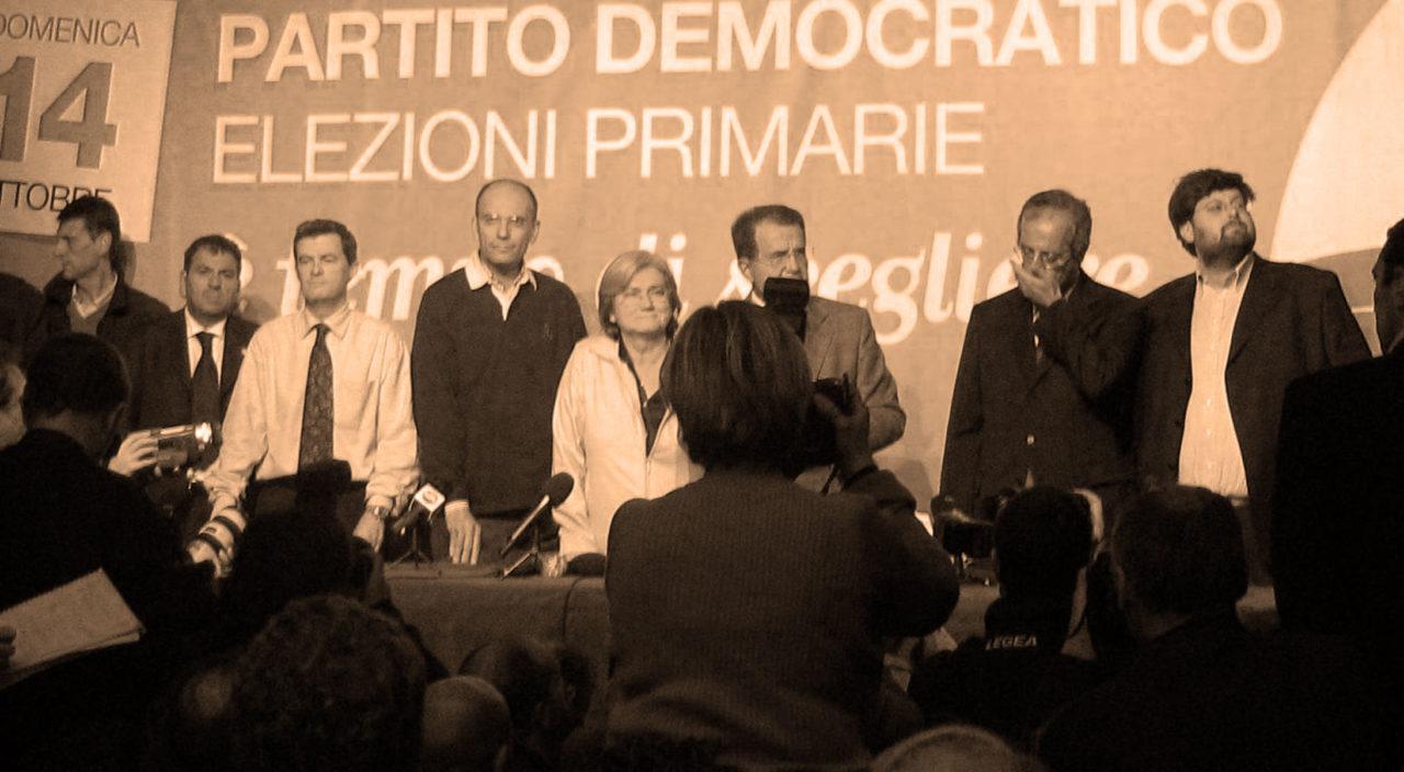 https://thesubmarine.it/wp-content/uploads/2017/10/Primarie_PD_2007_-_14_ottbre_-_da_sx_i_candidati_Schettini-Letta-Bindi-Prodi-Veltroni-Adinolfi-1280x704.jpg