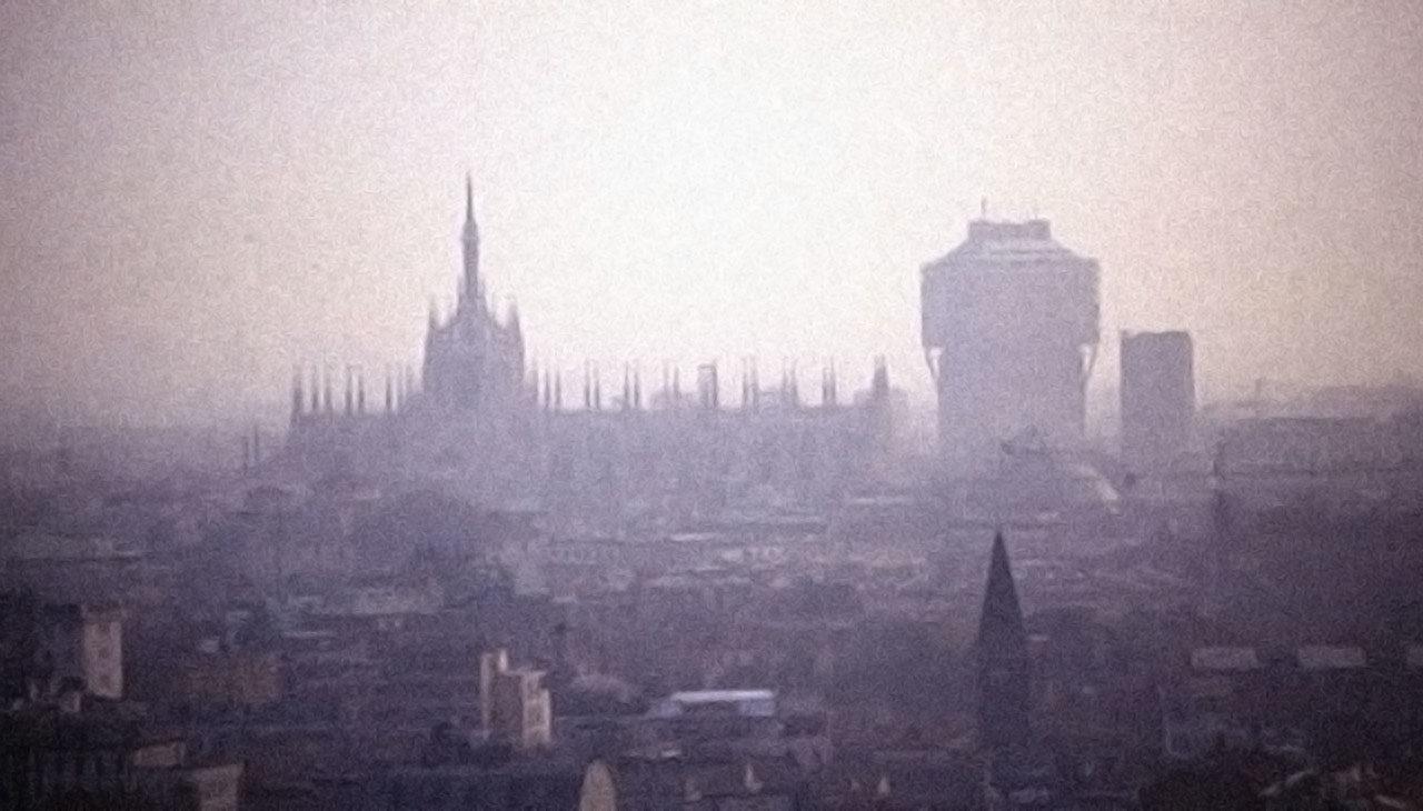 """Le mille sfumature del grigio: leggere Milano attraverso i racconti di """"Milano"""""""