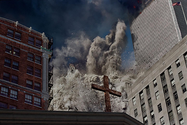 La torre sud del World Trade Center collassa in seguito allo schianto dell'aereo. USA, New York, 2001. © James Nachtwey/Contrasto
