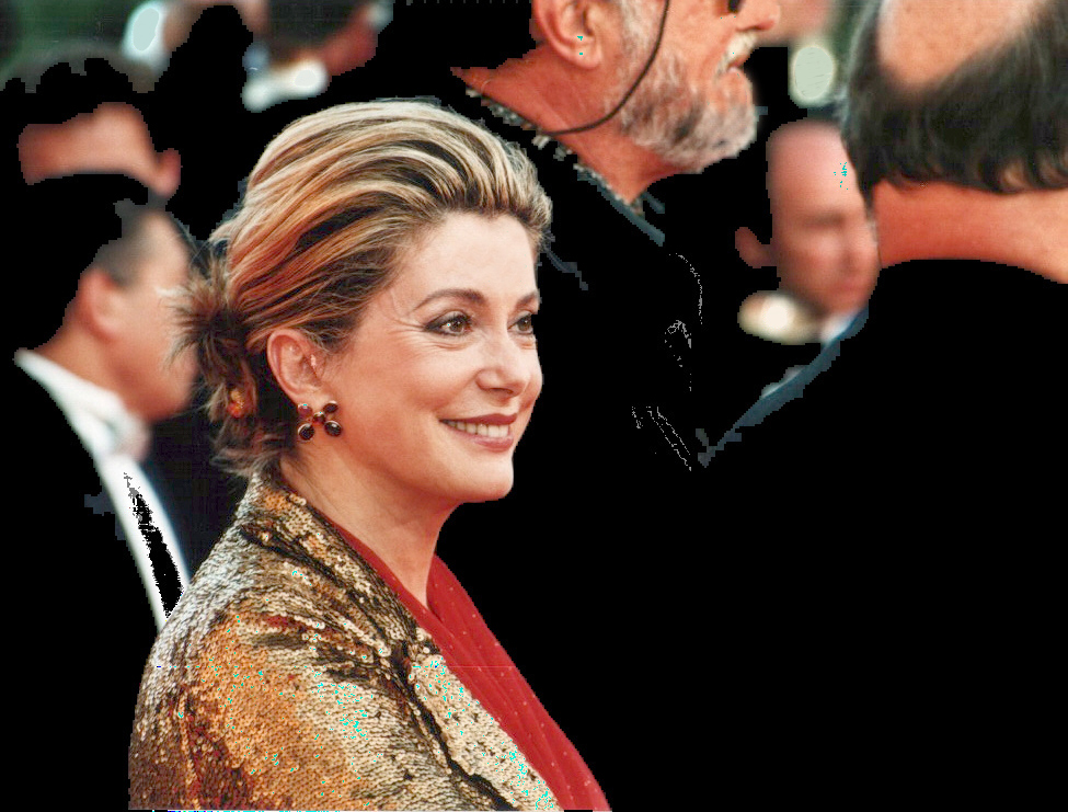 https://thesubmarine.it/wp-content/uploads/2018/01/Catherine_deneuve.jpg