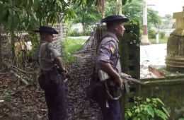 myanmar_police_patrolling_in_maungdaw