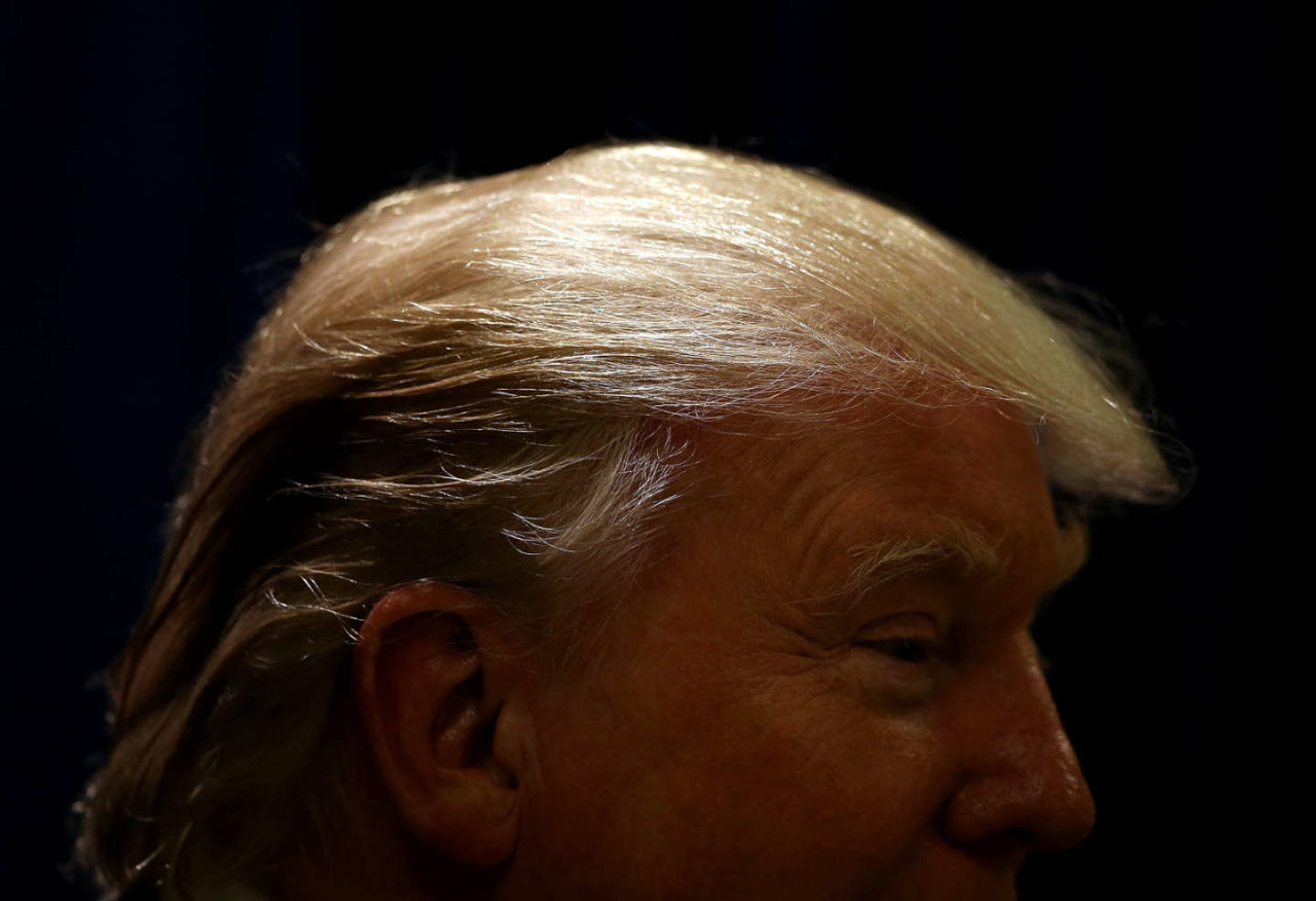 https://thesubmarine.it/wp-content/uploads/2018/01/trump-hair-1280x876.jpg