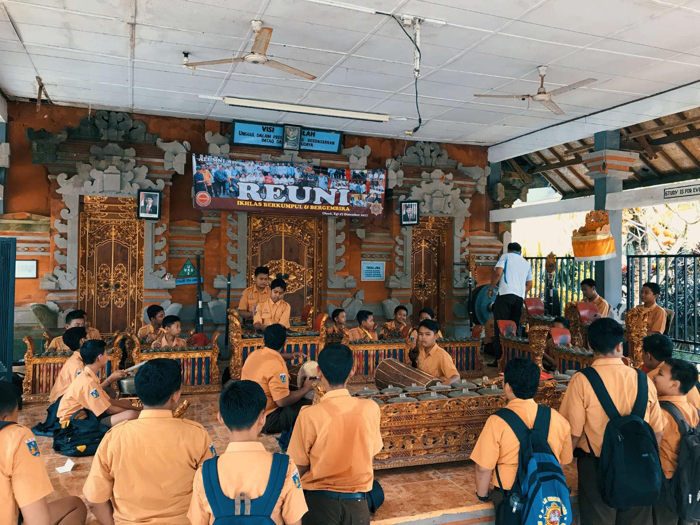 Lezione di gamelan a scuola, Ubud