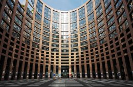 european_parliament_strasbourg_courtyard_parliament_architecture_building_places_of_interest_input-812944-jpgd
