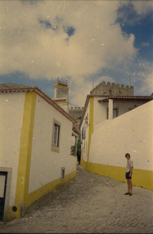 Tipico esemplare di turista a Obidos