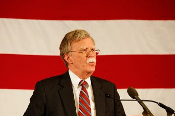 1200px-ambassador_john_bolton_at_-fitn_in_nashua_nh_17028911598