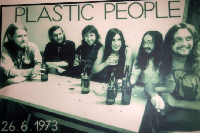 Sovversivi per sempre: la parabola dei Plastic People of the Universe