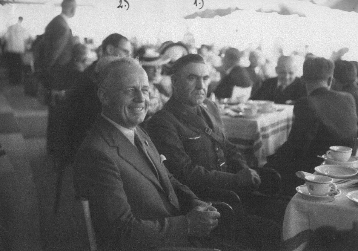 Ante Pavelić con Joachim von Ribbentrop a Venezia per l'ammissione della Croazia nel Patto tripartito, 1941 / Wikimedia Commons