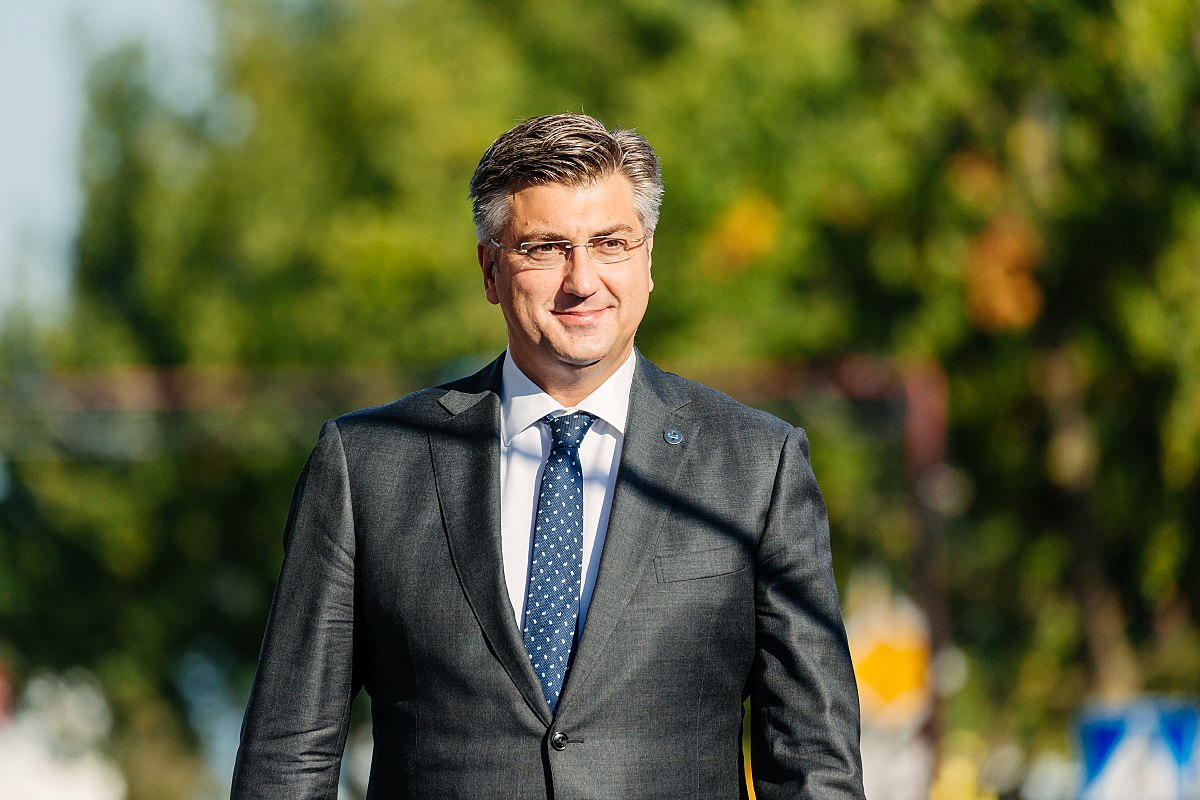 1200px-tallinn_digital_summit-_arrivals_andrej_plenkovic_36679188344