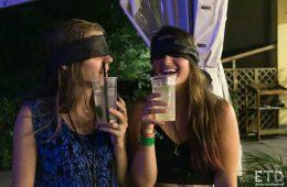 Drink al buio durante la prima edizione di #ETD