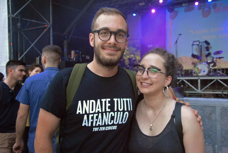 Martina, 24 anni, studentessa di Napoli e Tommaso, 24 anni, studente di Piacenza, si sono conosciuti su un gruppo Facebook per fan della musica indie.