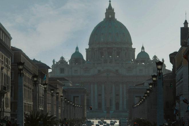 Mezza Italia sta soffocando nello smog, ma tutto quello che sappiamo fare è il blocco dei diesel