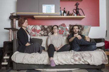 ©Dario Bosio/DARST   Cassandra, Greta e Erik, studenti momentaneamente residenti nel social housing Luoghicomuni Sansalvario, Torino, 12/04/2018