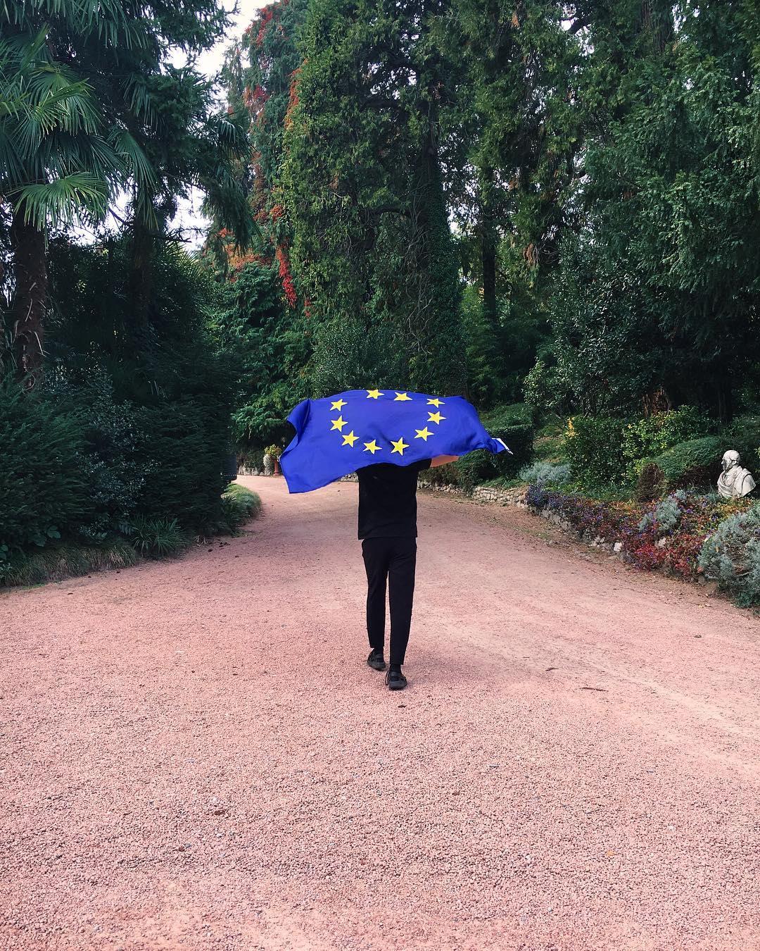 santii for europa