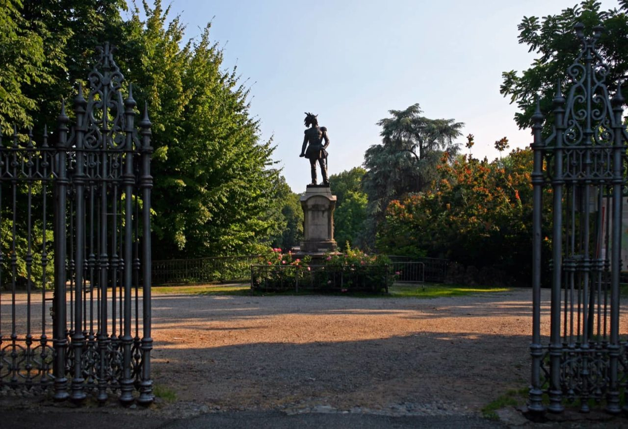 https://thesubmarine.it/wp-content/uploads/2018/09/I_giardini_di_Porta_Venezia_di_Milano_ingresso_dai_Bastioni-1280x875.jpg