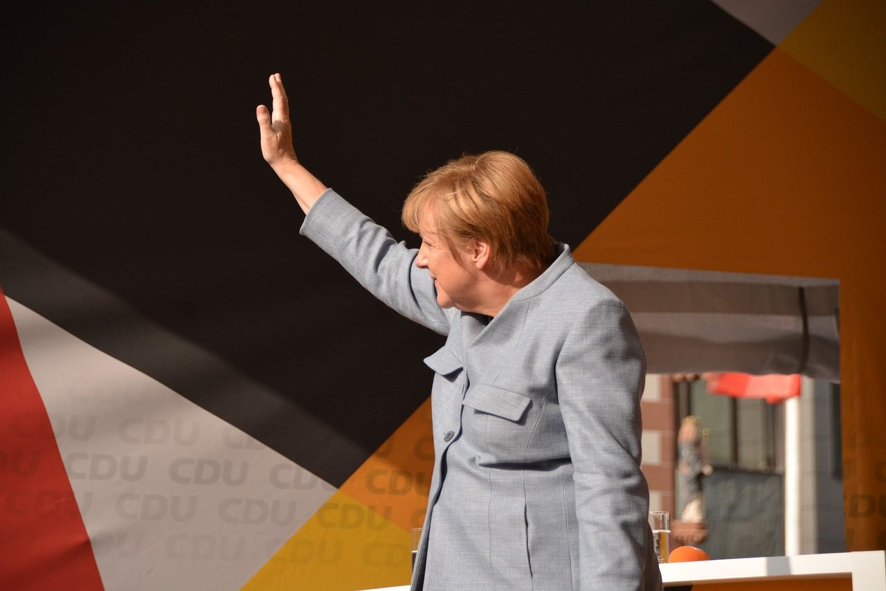 https://thesubmarine.it/wp-content/uploads/2018/10/merkel-2906016_1280-1280x853.jpg