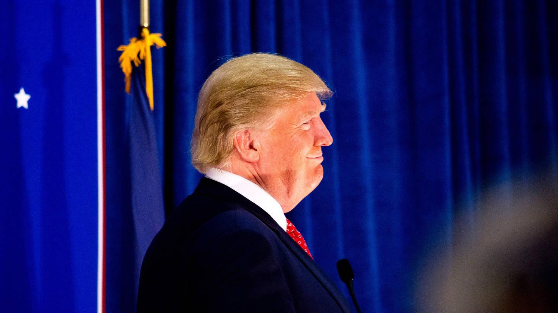 Il gozzo di Trump, fotografato da Marc Nozell