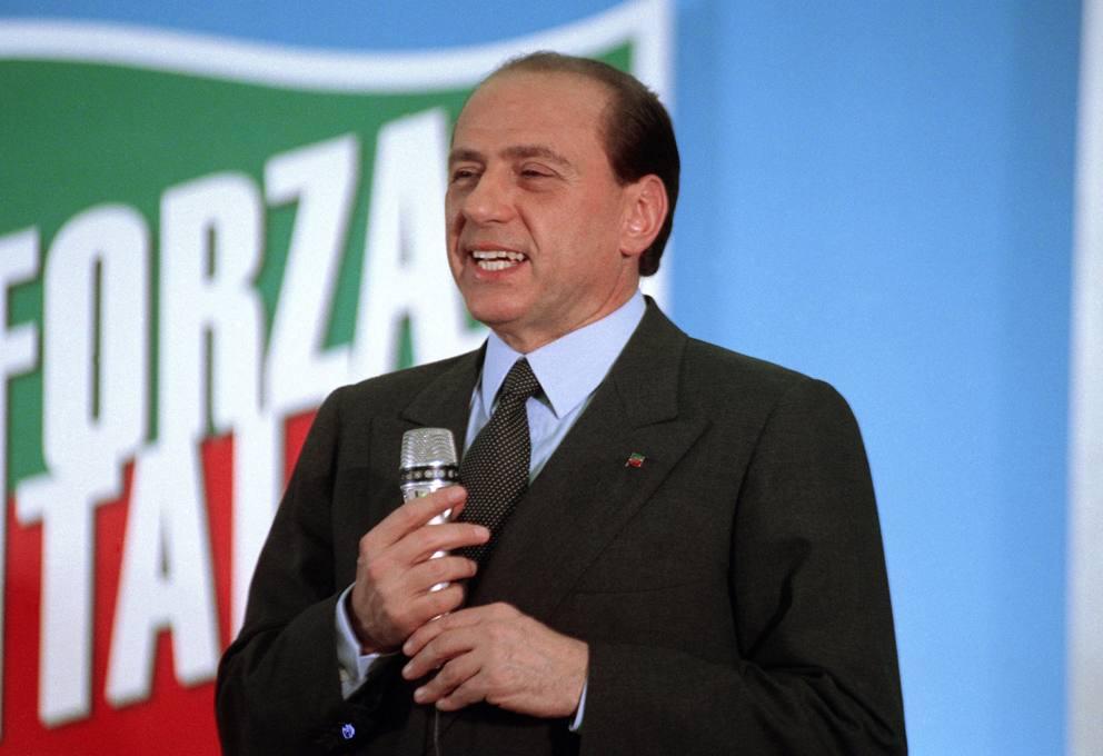 https://thesubmarine.it/wp-content/uploads/2018/12/Silvio_Berlusconi_May_1994.jpg