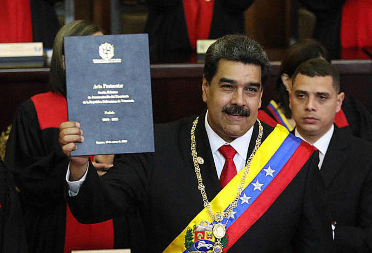 https://thesubmarine.it/wp-content/uploads/2019/02/Nicolás_Maduro_2019_Inauguration-1280x870.jpg