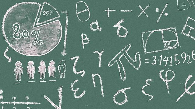 https://thesubmarine.it/wp-content/uploads/2019/02/matematica-lavagna.jpg