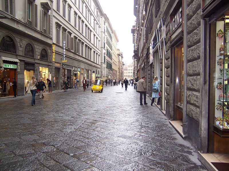 https://thesubmarine.it/wp-content/uploads/2019/04/800px-Florence_020_streets_of_Florence.jpg