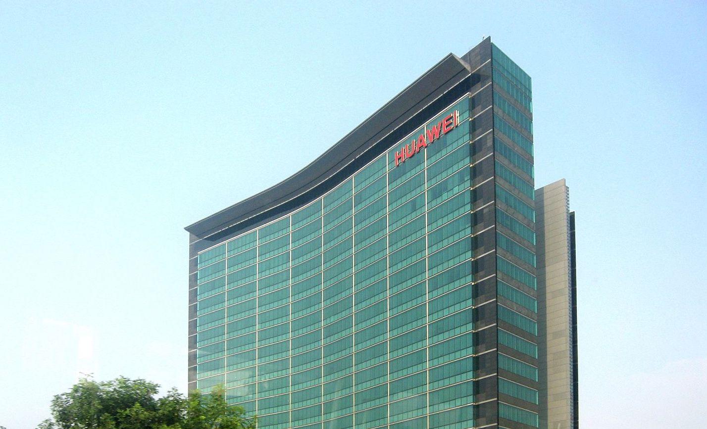 Risultati immagini per Il braccio di ferro con Huawei non è solo una guerra commerciale