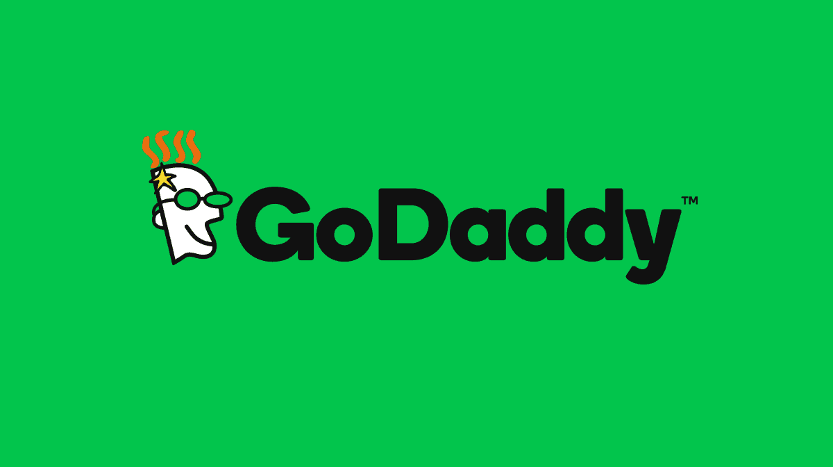 https://thesubmarine.it/wp-content/uploads/2019/05/godaddy-brand-on-green.png